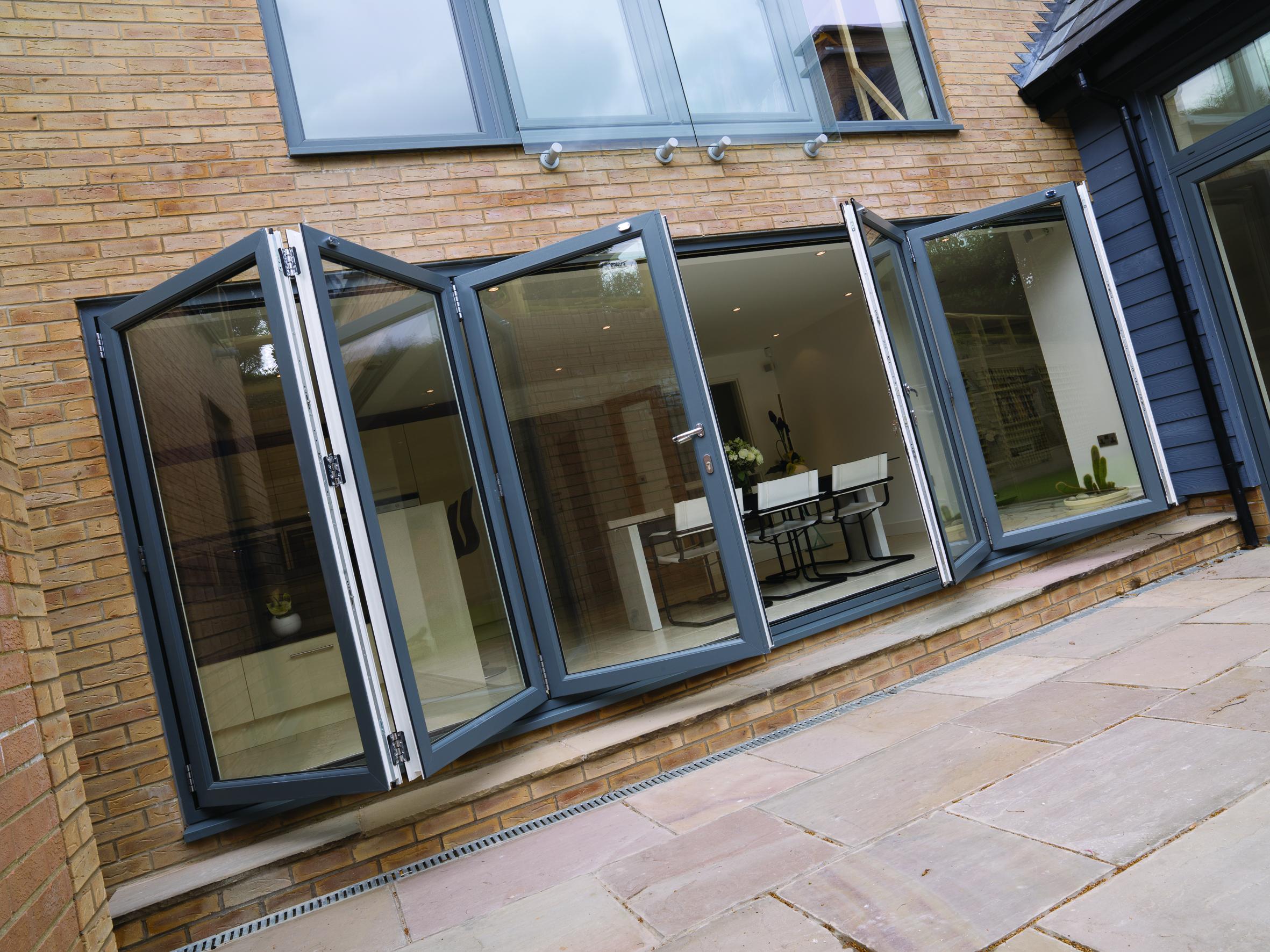 bi-fold doors Milton Keynes